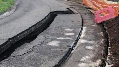 Photo of Important affaissement d'une route à Acajou passant juste derrière La Galleria