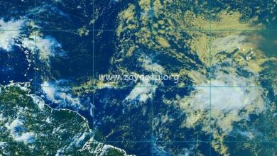Photo of L'onde tropicale continue de montrer des signes de renforcement
