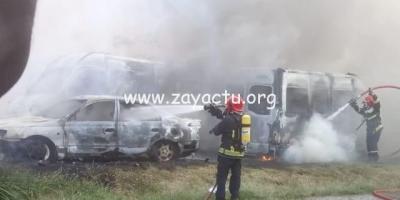 Trois voitures détruites par les flammes à Rivière-Salée