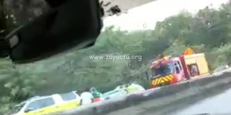 Accident de camion poubelle à Ducos