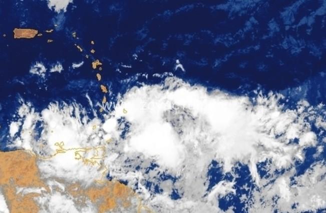 Une onde tropicale en approche.