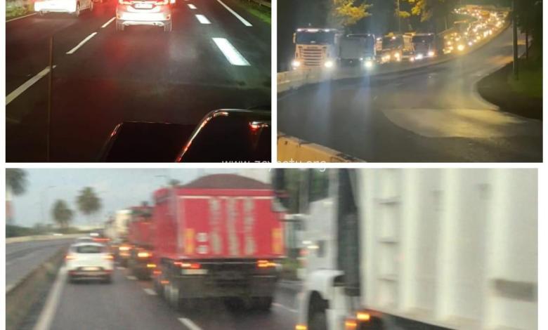 Opération escargot sur l'autoroute des grévistes de la Colas
