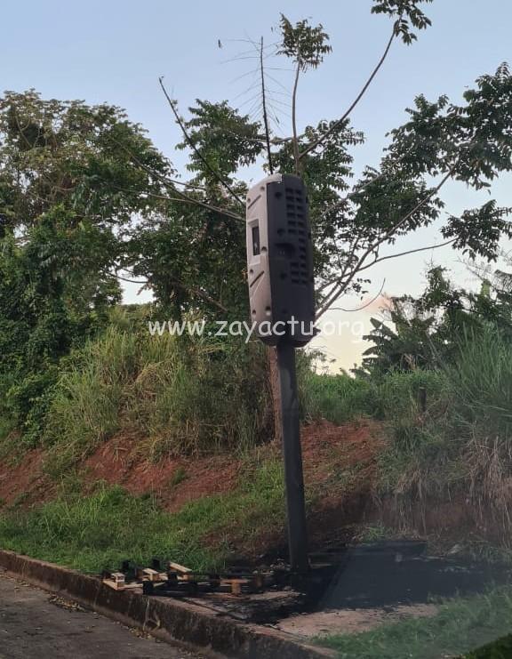 Le radar tourelle de Brasserie-Lorraine partiellement incendié. ©ZayActu