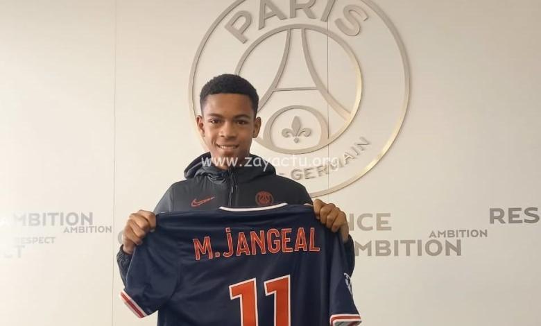 Le jeune martiniquais Mathis Jangeal âgé de 13 ans signe au PSG