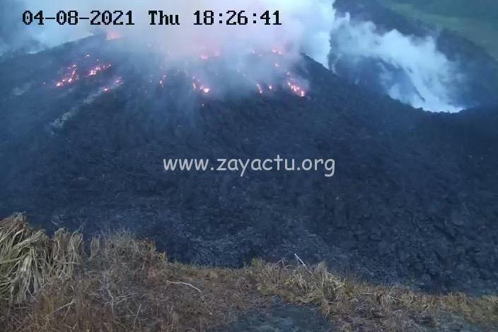 Le volcan la Soufrière à Saint-Vincent