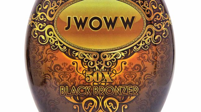 Een mooie tan met Jwoww Black Bronzer