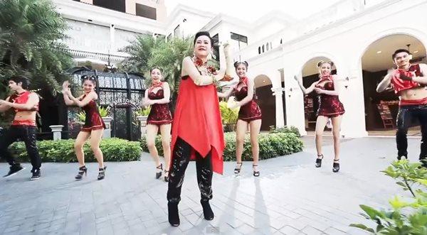 chinese-new-year-2015-joss-music-jitra-kornuntakiat-01