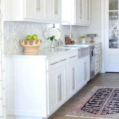 Kitchen Countertops Round Table Set 9 Simple Tips For Styling Your Counters Zdesign At Home Counter Tops How To Style