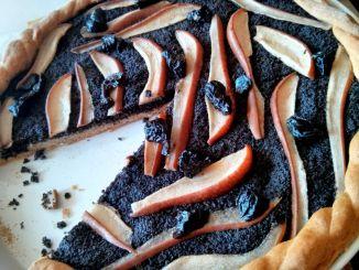 kynutý koláč s mákem a hruškami