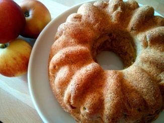 jablečná bábovka s tvarohem