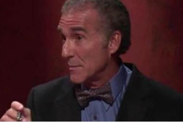 """Dr. Horowitz: """"Kašlješ, kišeš, ne možeš na noge, boli te cijelo tijelo? To nije gripa već hemijsko oružje!"""""""