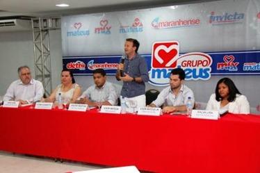 Presidente Ilson Mateus fala aos jornalistas