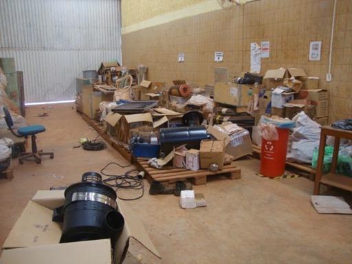 Almoxarifado do projeto Serra Pelada, após invasão de vândalos - Crédito Youtube