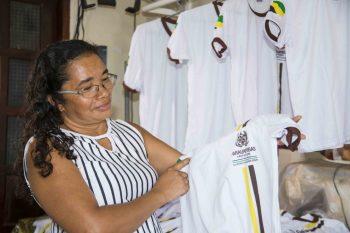 Confecção dos uniformes escolares gera trabalho e renda em Parauapebas