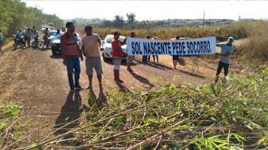 Manifestantes liberam trecho da BR-422 em Novo Repartimento