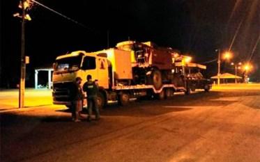 Transporte ilegal de colheitadeira é autuado em Posto fiscal de Conceição do Araguaia