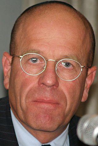 אברהם בורג. צילום: ויקיפדיה David Shankbone