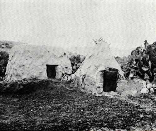 כך נראה כפר ערבי לרגלי התבור  בבוא העליה הראשונה