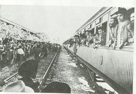 רכבת ניוחדת של רכבת ישראל שיצאה לקבלת פנים לרבי מסאטמר בביקורו בארץ