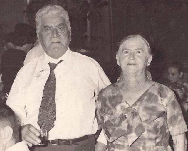 אבא ואמא בזיקנותם