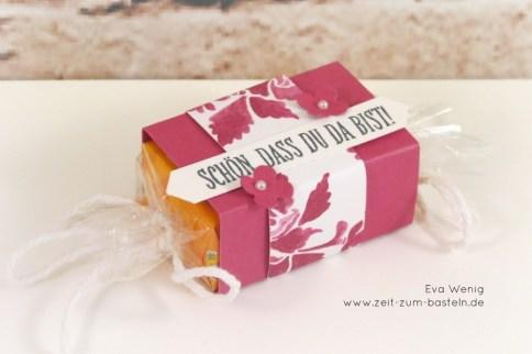 Süße MAOAM Bonbons selbst gemacht in sommerbeere