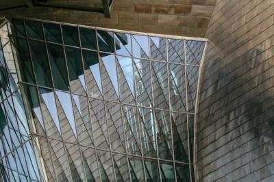 Tommy Pützstück, Spiegelung Guggenheim Museum in Bilbao