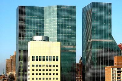 Tommy Pützstück Wolkenkratzer an der First Avenue, New York