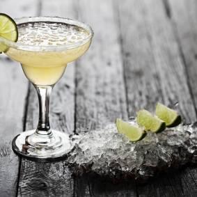The Best Large Batch Margarita Recipe