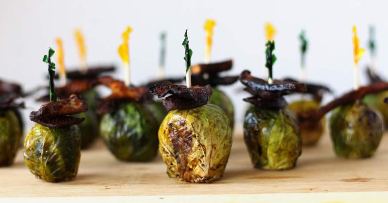 roasted brussels sprouts shiitake bacon maple dijon honey mustard balsamic vegan vegetarian appetizer zenanzaatar food blog recipe