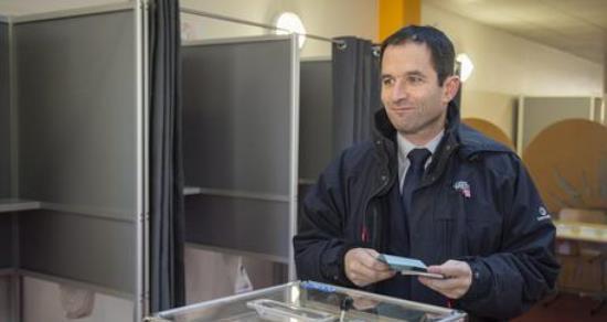 Primarie Francesi: sarà Hamon a sfidare il liberale Fillon?
