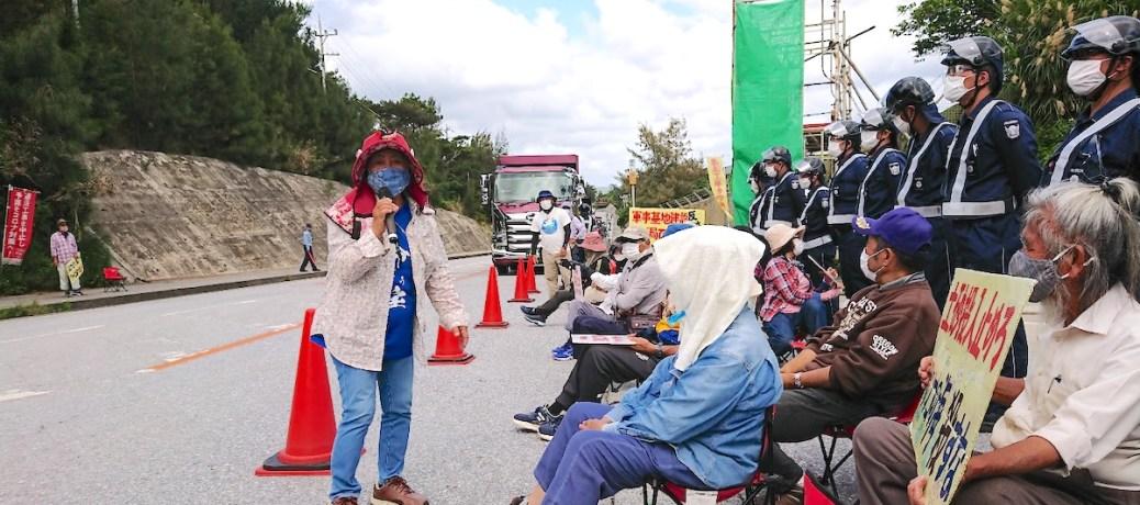 [辺野古]コロナ禍でも工事強行続く 市民はしたたかに座り込み抗議