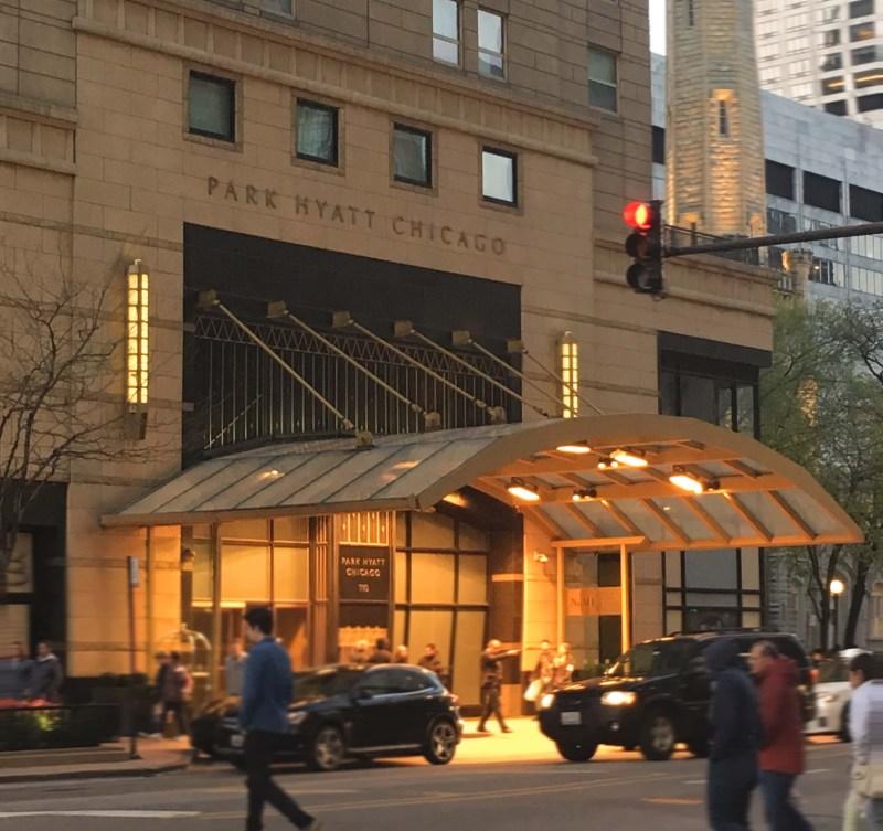 Park Hyatt Chicago Review | NoMi Lounge at Park Hyatt Chicago | Chicago, Illilnois | USA