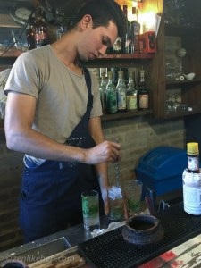 The best mojitos in Havana are at El Chanchullero