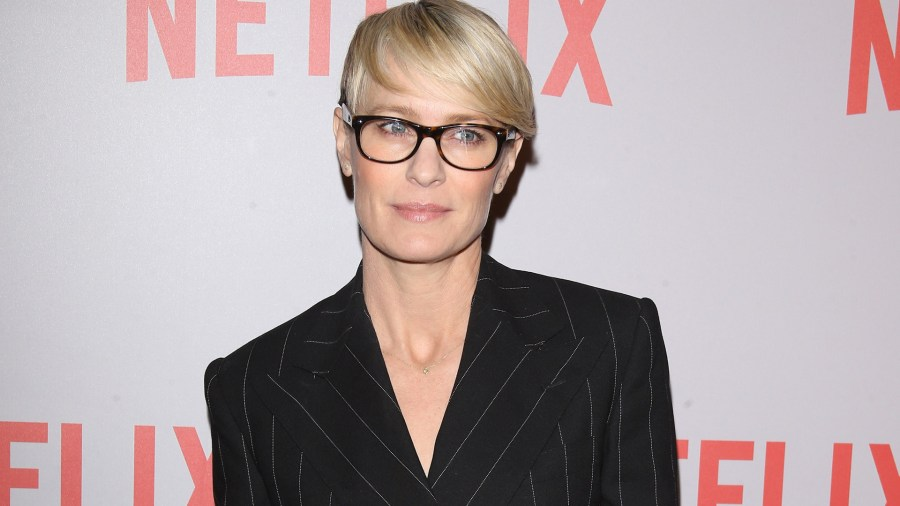 reasons-claire-underwood-is-my-fashion-icon