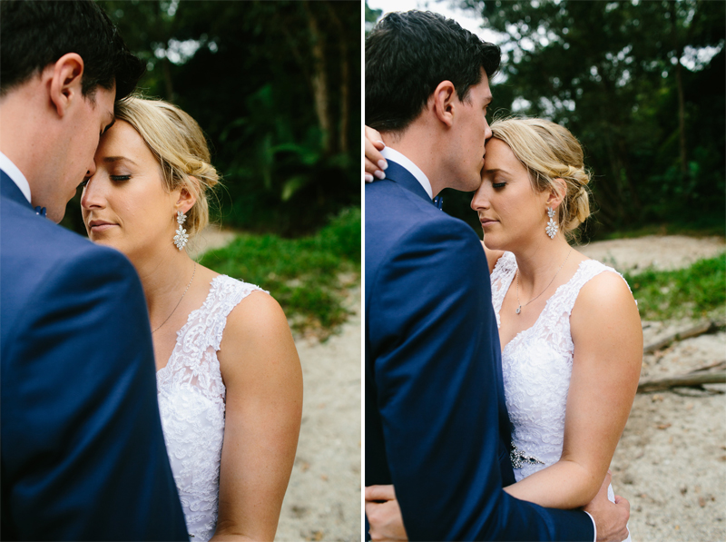 phoebeandrew_newell_beach_wedding_11
