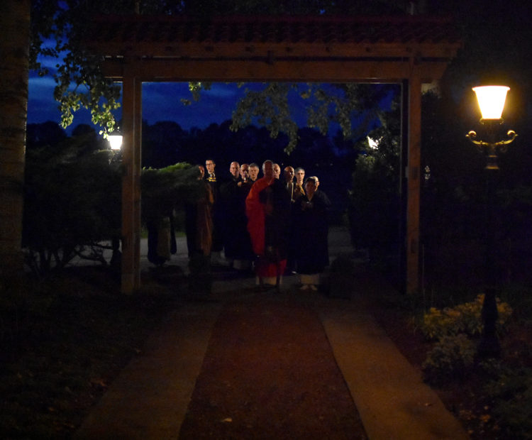 During Ryakufusatsu ceremony, Tenkei Roshi led a small ceremony to open and purify the new temple gate and driveway.