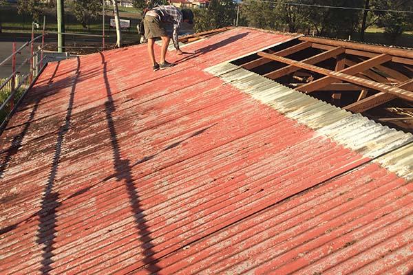 asbestos roof replacement in Brisbane
