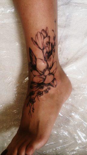 magnólia tetoválás