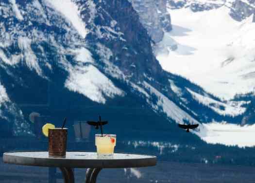 Après-Ski Cocktails at Lake Louise