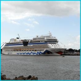 Auslaufen der Aida Mar