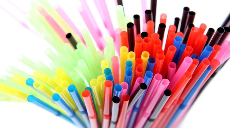 5 alternatives aux pailles en plastique
