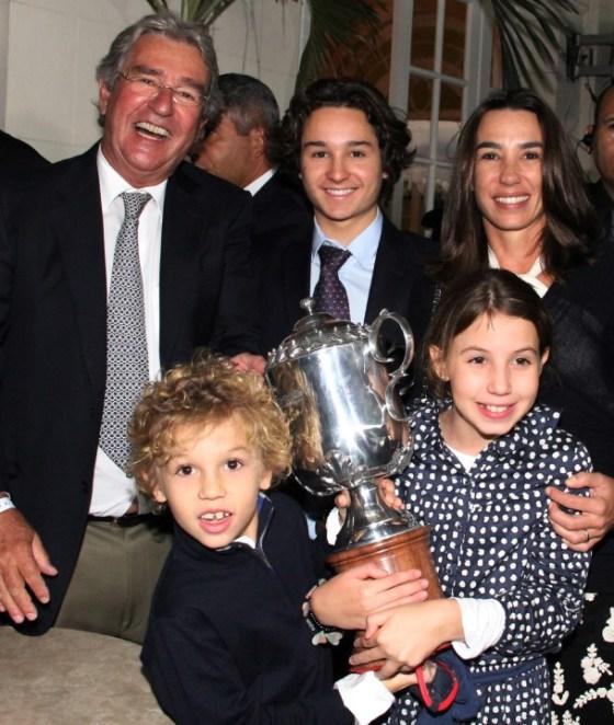 Alfredo Grumser e os filhos Antonio,Georgeana, Pedro e Luiza
