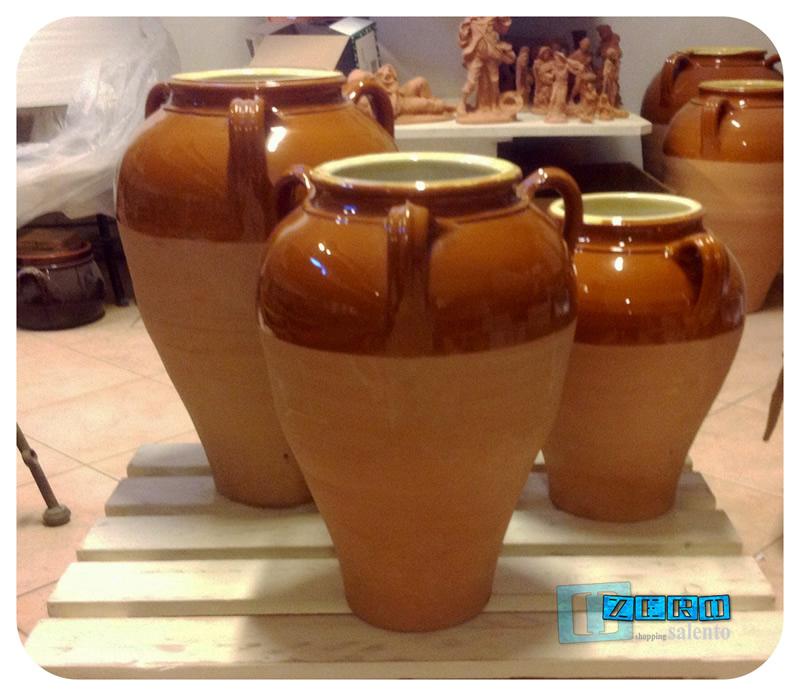 Capasa in Terracotta di forma panciuta tipica del Salento