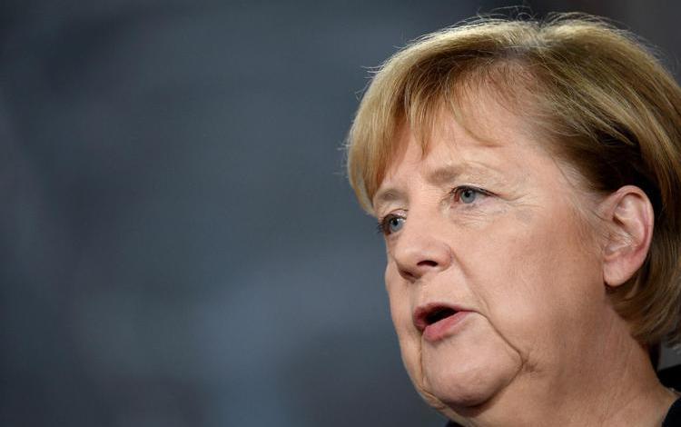 Merkel vola a Istanbul, con Erdogan parlerà di Ue e migranti