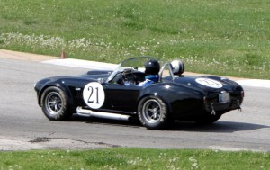 Shelby Cobra 427 Racing Corvettes
