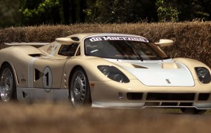 Introducing the de Macross Epique GT1 Supercar