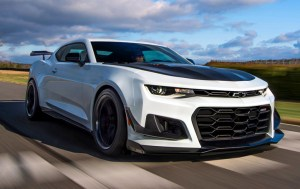Does the Camaro ZL1 1LE Live up to the Hype?