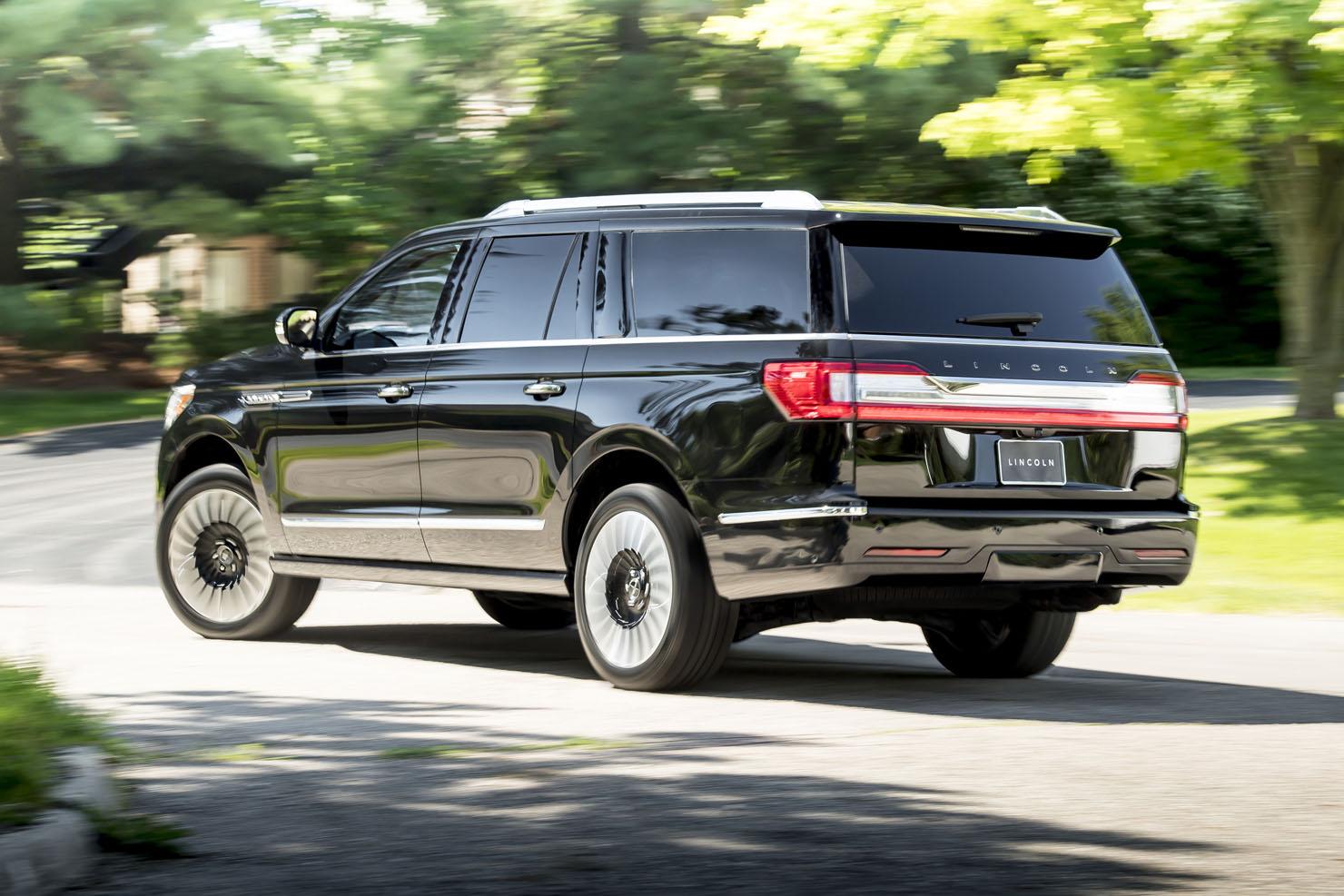 2019 Lincoln Navigator L Photos - Zero To 60 Times