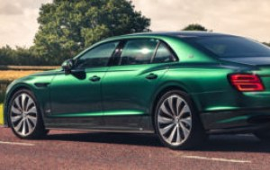 The 2021 Bentley Flying Spur is Sophisticated British Luxury
