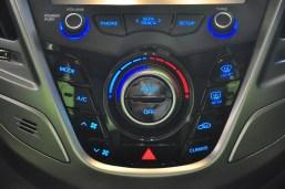 Hyundai Veloster - 072